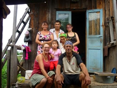 Ira, Kolia, Raia, Jenia, notre petite famille de Krasnii-iar